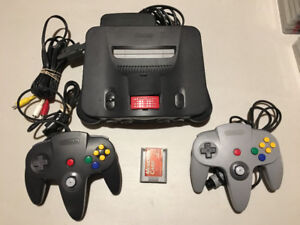 N64 w/expansion, memory card and 2 controllers + Super Mario 64