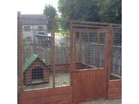 Dog run and kennel combined. £120.00 less then a third of the price.No time wasters