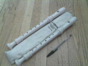2 slightly different SOPRANO RECORDERS