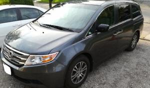 2013 Honda Odyssey ex Minivan, Van 8 passenger  ► well maintain