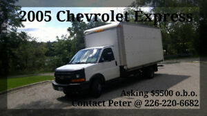 - 2005 Chevrolet Express 3500 -