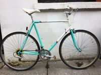 Vintage 80s Raleigh Equipe Road Bicycle Shimano Spec