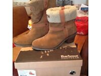 Barbour Ladies Roll Top Boots size 7