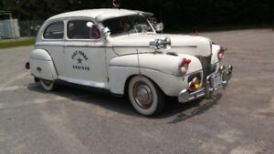 1941 ford   Superdeluxe 2 dr.