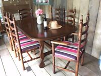 Vintage Retro Dark Oak Extending Dining Table and 6 Chairs in Excellent Condition