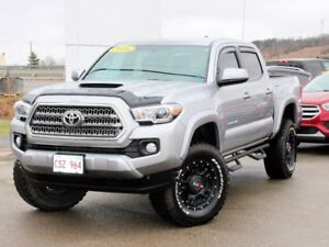 2016 Toyota Tacoma TRD Sport 4x4 Double Cab 127.4 in. WB