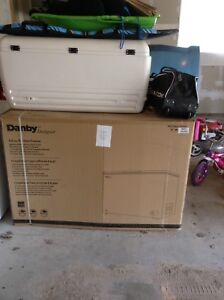 DANBY CHEST FREEZER BRAND NEW IN THE BOX 9.6 CUBIC FEET