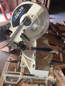 Delta Mitre Saw w/Table stand