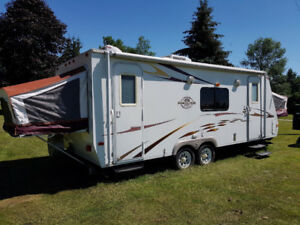2010 Surveyor Sport 23.4 Travel Trailer Hybrid
