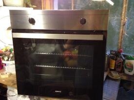 BEKO oven, hob & extractor fan