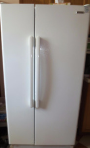 Good Condition 7 yr old Kenmore Fridge