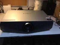 Sony Hdmi -- VPLFX41 -3LCD Projector 5200 lumens .Very clean