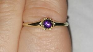 Antique 14K White Gold Amethyst Tiny Gypsy Ring