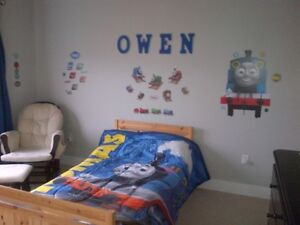 Thomas Bed Set & Decal $35.00 !! Retails for over $130!