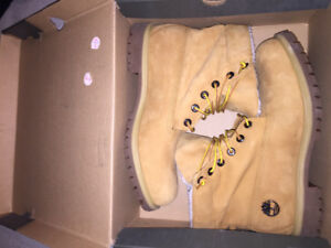 Men's Timberland boots size 10.5