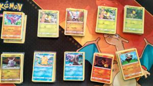 10 lots de 25 cartes Pokémon