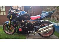 2004 54 PLATE KAWASAKI ZR 1000 Z1000 A2H BLACK RED. NAKED MUSCLE BIKE UPGRADED EXHAUST & EXTRAS