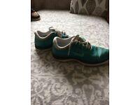 Girls shoes 3&4