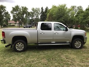 2012 GMC SLT Duramax Sunroof Nav Cooled&Heated Leather