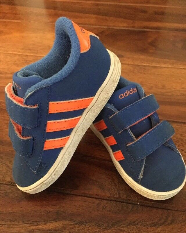 Adidas toddler trainers size 5