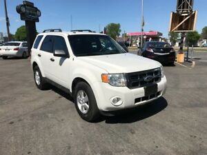 Ford Escape 3.0L-XLT-BLANC-JAMAIS ACCIDENTER 2010