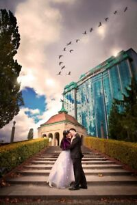 Wedding Photographer available for bookings