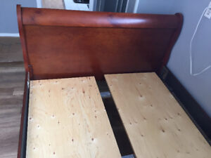 Double sized sleigh bed