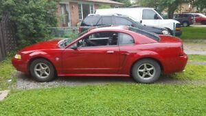 1999 Ford Mustang Coupe (2 door)