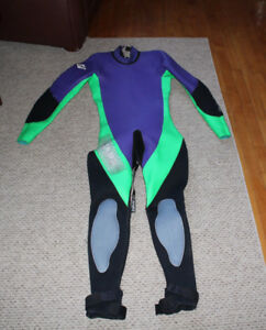 Men BARE full Wetsuit Medium Tall in Excellent condition
