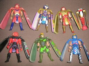 DRAGON FLYZ FIGURE AND LAUNCHER LOT