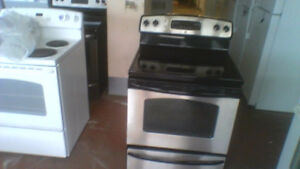 "30"" GE S/C Black Smooth Top Stove"