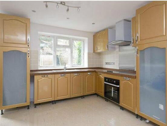Large 3 bed 3 bath house in SToke Newington ... MUST TAKE IT !!!