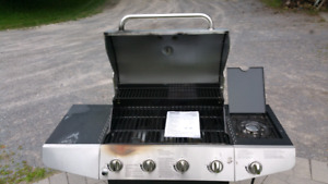 Propane bbq Master Forge..used once