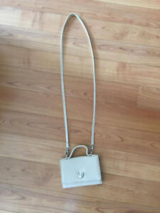 Roots Leather Side Bag GOOD CONDITION