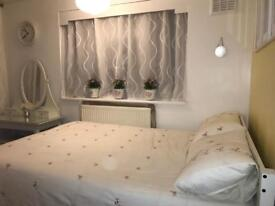 Double room in mitcham