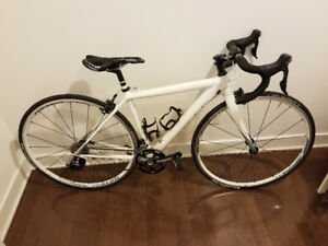 CANNONDALE CAAD10 2015 - 44cm