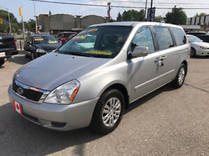 2011 Kia Sedona EX Minivan...REALLY NICE...MINT COND.