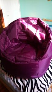Chaise  pouf