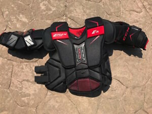 CCM Extreme Flex Shield E1.9 Chest Protector