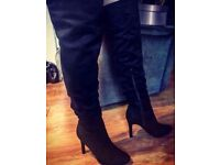 Ladies Black Sexy Suede Thigh High Boots - Heeled - Size 7