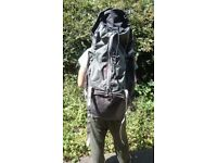 Quechua Symbium Easyfit 70l+10 Rucksack/Backpack