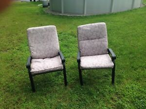 Lawn patio chairs with cushions (6)