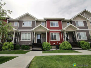Perfect Home For Family or Professionals in South Terwillegar!