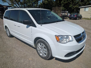 2015 DODGE CARAVAN SXT! ACCIDENT FREE! ONE OWNER! SAFETIED 12750