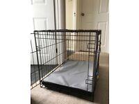 Medium-large dog crate and mat