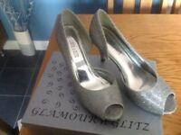 Ladies size 4 silver shoes