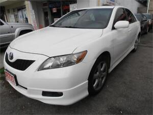 2008  Toyota Camry SE One owner No accident White Only 88,000km