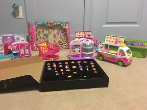 Shopkins! Shopkins! And more Shopkins!