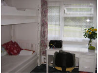 Canterbury Large Double Room in great location