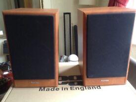 Tonsil Bookshelf speakers (pair)